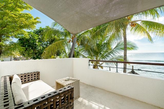 http://c.ccdn.cz/11089/macm/352/radeluxe-beachfront-room-03_20621_o.jpg