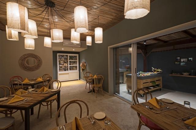 http://c.ccdn.cz/11089/macm/352/rasignature-restaurant-kot-nou-02_20626_o.jpg