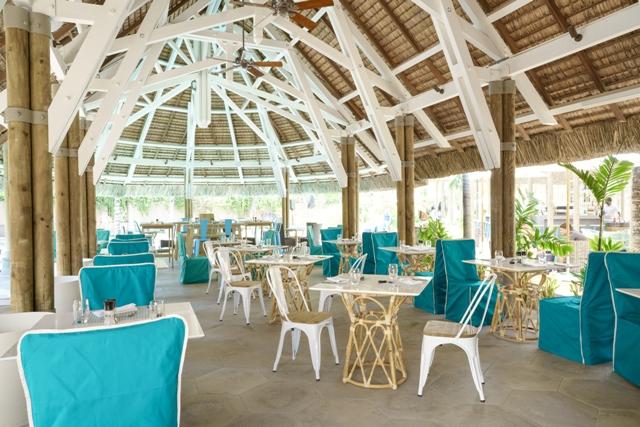 http://c.ccdn.cz/11089/macm/377/cdmale-cap-restaurant-02_20586_o.jpg